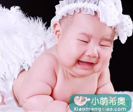 育儿答疑:婴儿长期大便带血丝是怎么回事?