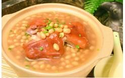 月子汤谱:猪蹄通草汤