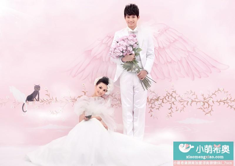 新娘新郎礼服的搭配