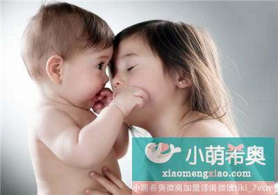 怎样提高新生宝宝小手的灵活性