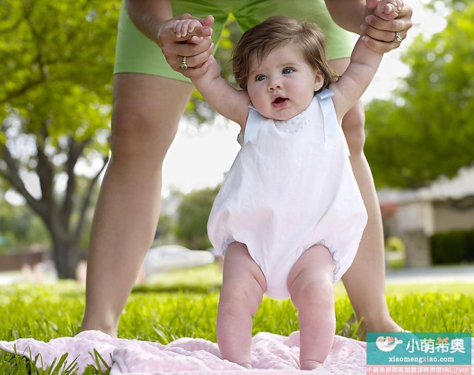 七个月宝宝的心理特征和感觉发育