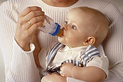 宝宝怎样喝水更健康
