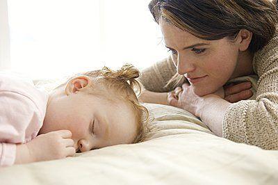 哄宝宝睡觉有讲究