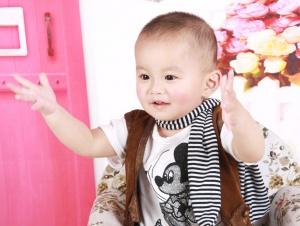 学手语的宝宝更聪明