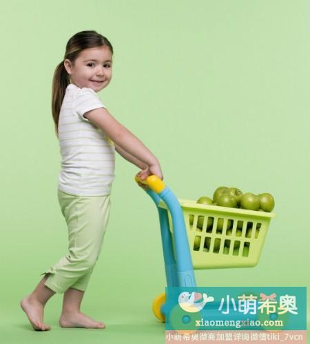 用游戏培养宝宝的自理能力
